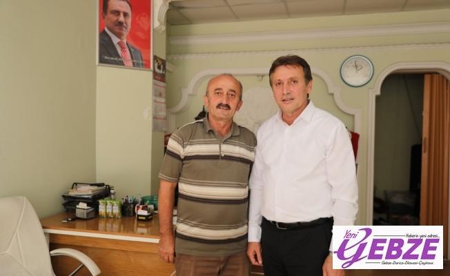Başkan Demirci Çayırova'lı Hacıları Ziyaret Ediyor