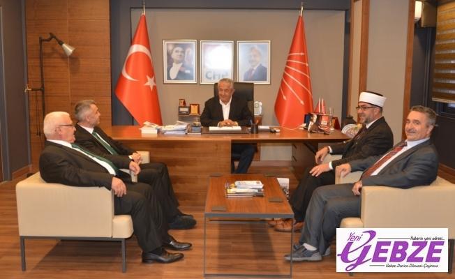 İskeçe'nin seçilmiş Müftüsü  CHP İl Başkanı Cengiz Sarıbay'ı ziyaret etti