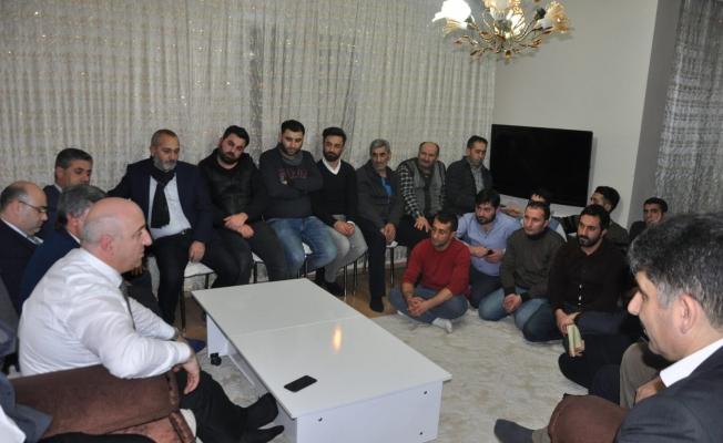 Erzurumlu Gençlerden Bıyık'a destek