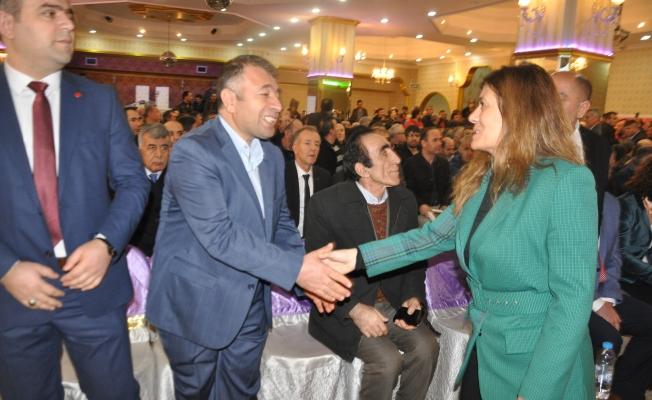 Serap Çakır'dan EYT mağdurlarına destek