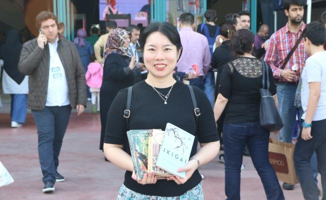Japon Tajima'nın kitap fuarı sevinci