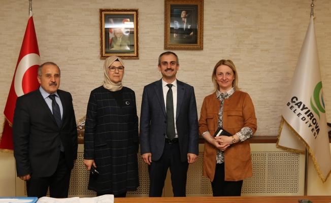 Katırcıoğlu ve Zeybek'ten Çiftçi'ye Ziyaret