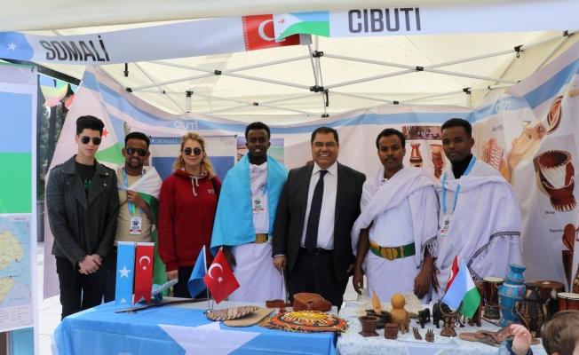 Uluslararası öğrenciler vatandaşlarla buluştu