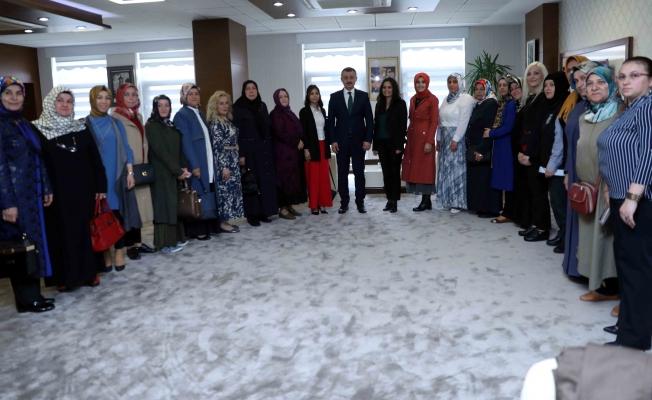 Başkan, AK Parti Batı Yakası yönetimlerini kabul etti