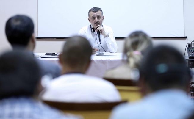 Başkan Balkanlı gençlere hitap etti
