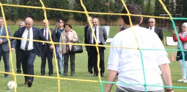 Başkan Bıyık penaltı atışında!