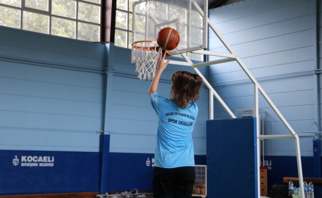 Haydi öğrenciler Ücretsiz Spor Okulları'na!