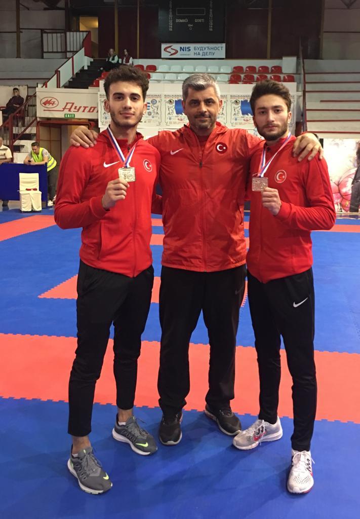 Karateciler balkanlardan 2 altın ile döndü