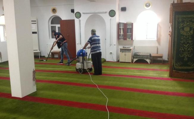 Gebze'de camilerde bayram hazırlıkları