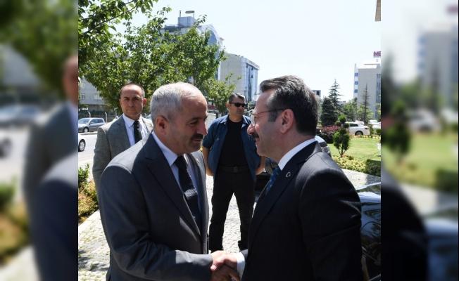 Vali Aksoy Başkan Büyükgöz'ü ziyaret etti