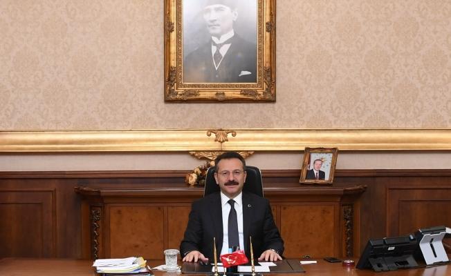 Vali Aksoy: 'Büyük acıdan ders çıkarmamız lazım!'
