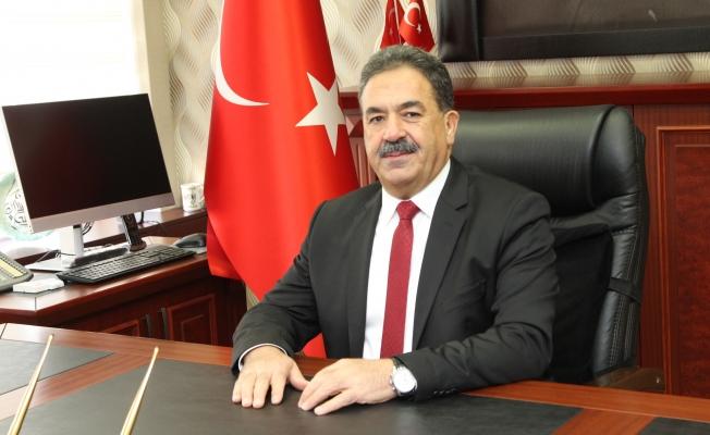 Kaymakam Güler'den öğrencilere mesaj: 'Okulunuza dört elle sarılınız!'