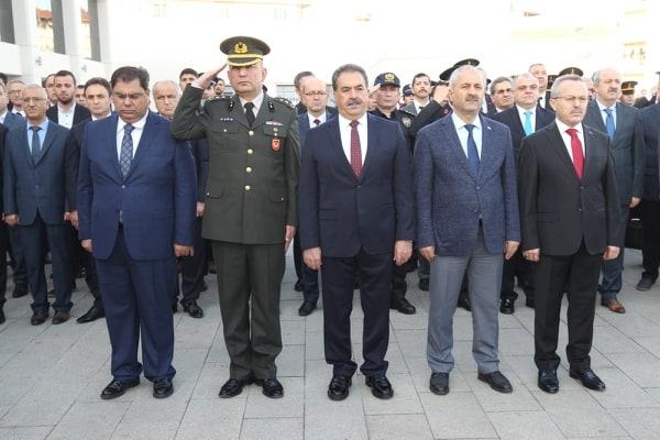 Ulu Önder Atatürk Gebze'de törenlerle anıldı