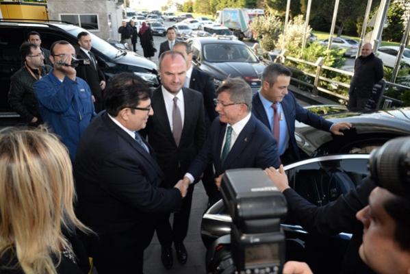 Başaran, Davutoğlu#039;nun partisinde!