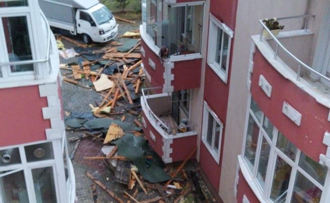 Fırtına Kocaeli'de hasara neden oldu!
