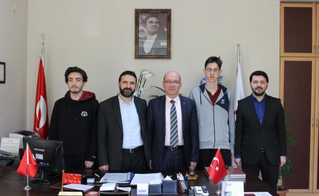 Gebze Çözüm Koleji, Dr. İlhan Kadıoğlu'nu ziyaret etti