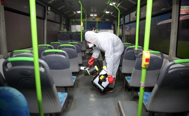 Çayırova Belediyesi, Halk otobüslerini dezenfekte etti