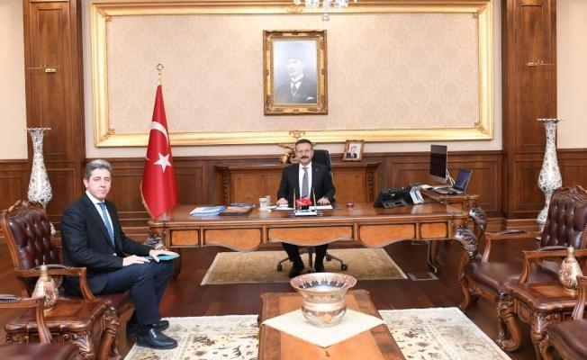 PTT Başmüdürü, Vali Aksoy'u ziyaret etti