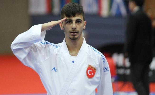 Şampiyon'dan 'Mehmetçik'e selam!