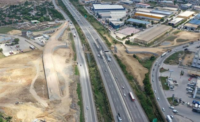 Yumrukaya ile Kirazpınar arasındaki  dev  ulaşım projesi tam gaz ilerliyor