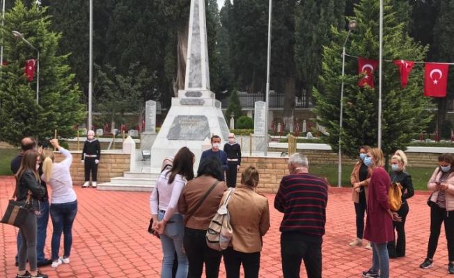 Yabancı eğitimciler tarihi mekanları gezdi