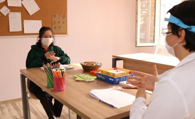 Engelli bireylerin eğitimi devam ediyor