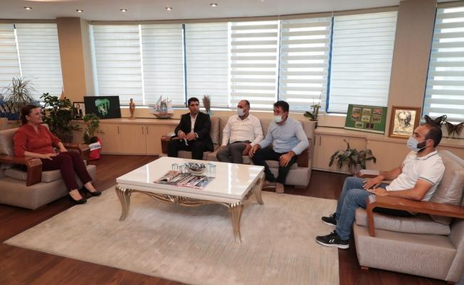 Vanlılar'dan Başkan Hürriyet'e ziyaret