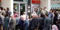 Emekliler yüzde 5 zamma isyan etti!