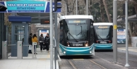İzmit'in tramvayı 6 ayda 6 milyon yolcu taşıdı