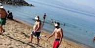 """Darıca Plajı tam saha hizmette: Plajda """"Hayda braa Pehlivan"""" görüntüleri!"""