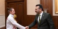 Avrupa Şampiyonu Milli Takım sporcumuz  Valisi Aksoy'u ziyaret etti