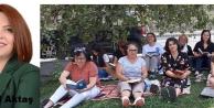 Yenikent'te kitabını kapan kadınlar parka koştu!