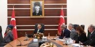 Vali Aksoy vatandaşları dinledi!