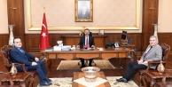 Medar Hastanesi Yönetimi Vali Aksoy'u Ziyaret Etti