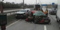 Yolun kaygan olması kaza yaptırdı: 4 yaralı