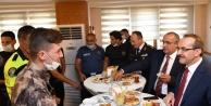"""Vali Yavuz: """" Polisimiz ve jandarmamız yoğun mesai harcıyor!"""""""