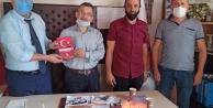 Yeniden Refah Gebze Muhtarlara Milli Kaynak Paketleri kitabını hediye etti