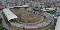 Gebze Stadı'nda zemin hafriyatı kaldırılıyor