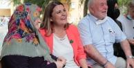 Alzheimer Yaşam Evi'nde  sıcacık bayramlaşma