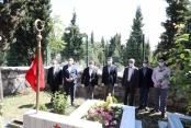 Dilovası Belediyesi mezarlıkları duasız bırakmadı