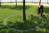Parklarda sosyal mesafe korunacak